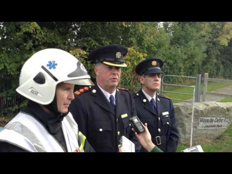 TheJournal.ie: Gardaí and fire officers at the scene of the Carrickmines tragedy