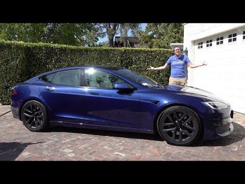 Tesla Model S Plaid - это самый быстрый (и крутейший) седан в мире