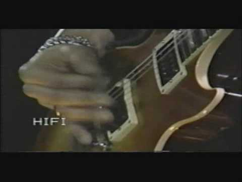 Guns N' Roses - Mr. Brownstone - Live In Chicago 92