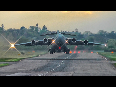 Spectacular USAF - Boeing C-17 Globemaster head-on take off RAF Northolt Airbase London
