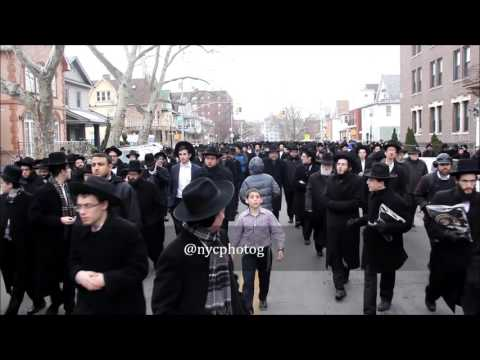 "Thousands Attend Funeral At Yeshiva Torah Vodaas For Rabbi Belsky Zt""l"