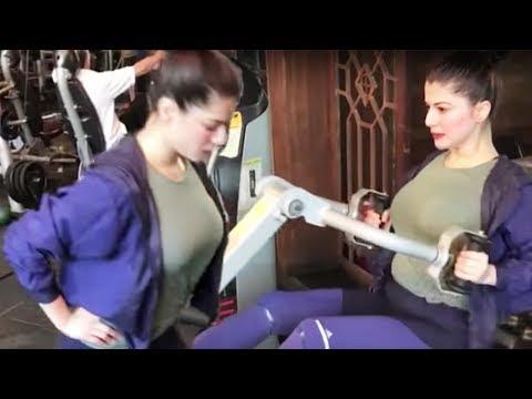 Kainaat Arora Workout In Gym Outfit thumbnail