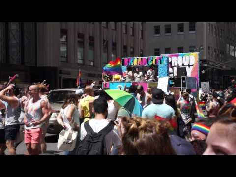 2017 NYC pride parade (14/20)