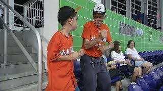 Jonathan the dancing Marlins fan talks moves