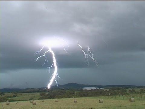 Huge Lightning Strikes Multiple Times Australia
