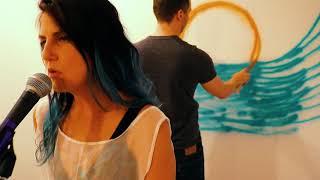Mikki Hommel - On the Moon [Official Video]