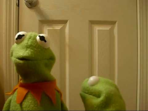 Kermit the frog plus Robin the frog - YouTube