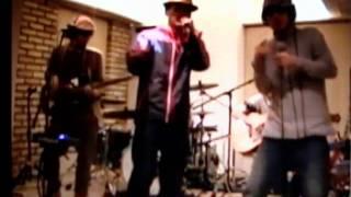 2011.10.28にUSTREAMで生放送された映像。 新曲「Bird」を初披露。 韻シ...