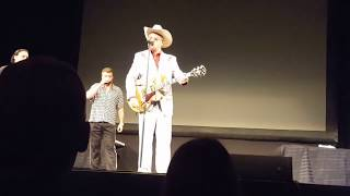 Bubbles LIVE new song WHOS GOT YOUR BELLY on the Trailer Park Boys tour 8-26-17