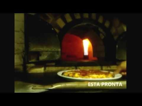 Fazendo Pizza De Calabresa ao som de Reggae-Na Boca do forno Travel Video