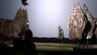 Pagelaran Wayang Kulit Ontoseno Kraman Part 05