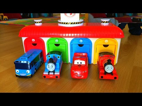 Смотреть онлайн Thomas and Friends Toy Trains, Disney Cars Toys McQueen at Tayo the Little Bus Garage Egg Surprise