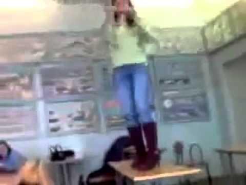 Girl Dancing on the Table FAIL