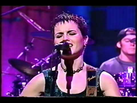 Late Night 'The Cranberries - Linger (Live) 10/29/93