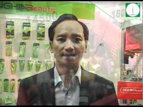 """BeautyWorld.vn tai tro Le Hoi Ton Vinh Cay Keo Vang Dat Viet 2010"".wmv"