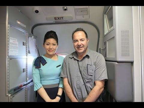 SilkAir Business Class Experience B737 - 800 PNH - SIN