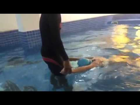 American Pacific International School (lesson 1) swimming  ( Manurith Sann )