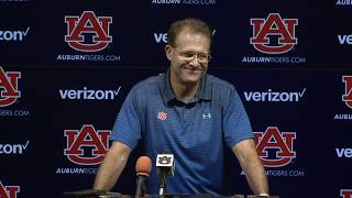 Gus Malzahn pokes fun at Alabama's schedule complaints