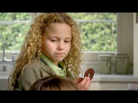 Isabella & Ava Acres  Keebler Cookies Commercial 2010