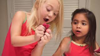 REACTING TO LOL SURPRISE DOLLS, FIZZIES & MORE! (AVA IS AN EXPERT!)