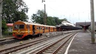 KRL JABOTABEK 中央線 エコノミー列車 Jakarta Kota駅発車