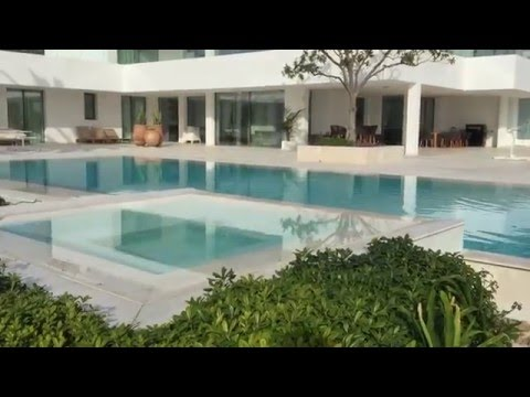 Nueva Andalucia Spain.Contemporary villa with Tennis Court