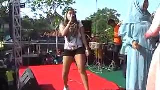 Dayuni - Lia Andrea