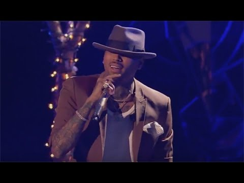 Chris Brown Performs 'This Christmas' at White Hot Holidays