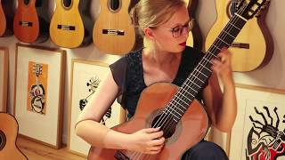 Hannelore Vander Elst plays Salve by Emilio Pujol on a P. Bernabé Model 15 Cedar