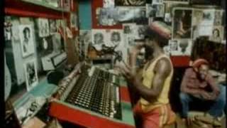 Scratch Perry-The Heptones-Play on Mr Music