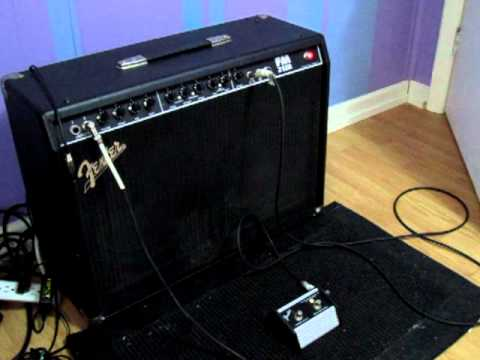 fender frontman 212 with footswitch youtube. Black Bedroom Furniture Sets. Home Design Ideas