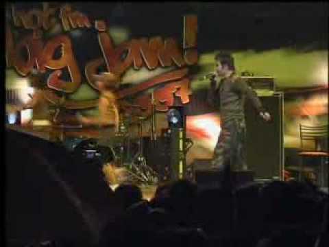 Joget Lambak - Adam @ Hot Fm Big Jam 2007!