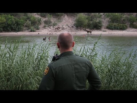 Polémica por el refuerzo de la frontera en Texas