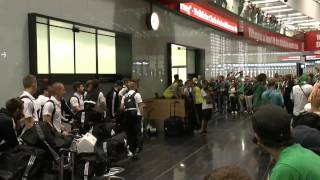 Ajax Amsterdam-Rapid 2:3 - Rückkehr Flughafen VIE (5.8.2015)