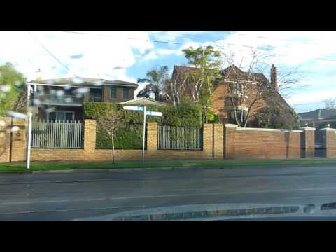 Drive from Kew East to Hawthorn Melbourne Australia