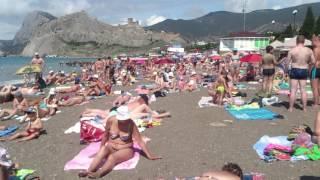 Крым пляж Судак 10:00, 15.06.16г.(Спрос на Крым упал? Судя по количеству отдыхающих на городском пляже Судака это не совсем верно. ║◇✓ Не..., 2016-06-15T14:07:03.000Z)