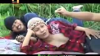 OPLOSAN origional nur bayan & trio gomik   lagu campur sari