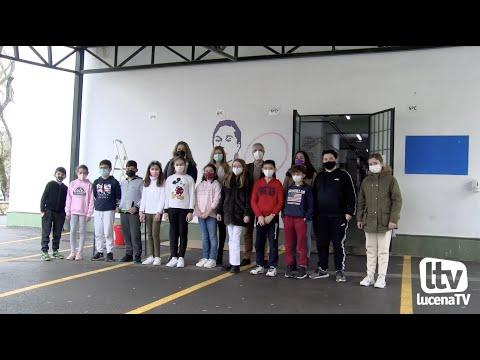 VÍDEO: Los centro educativos se suman al 8M pintando murales sobre mujeres destacadas. Te lo contamos en este vídeo.