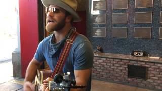 "Gambar cover Drake White Plays ""Everyone's Got A Story"" Unplugged At FDNY 288"