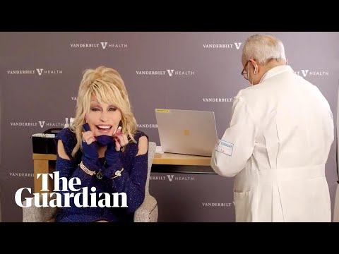 """Vaccine, vaccine, vaccine"": Dolly Parton receives Covid-19 jab"