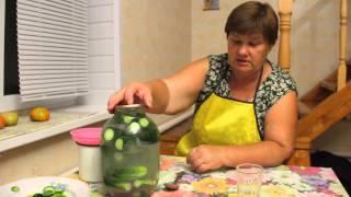 Необычный способ засолки огурцов.Засолка огурцов. Рецепт соленых огурцов.(, 2014-08-06T07:50:08.000Z)