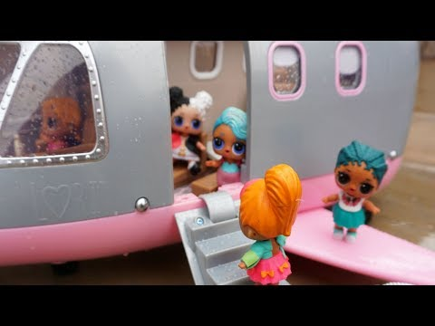 LOL SURPRISE DOLLS Fly Plane To Hawaii For The First Time!