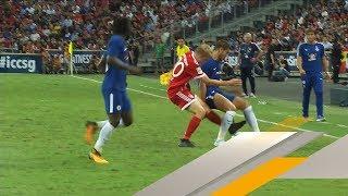 FC Bayern: Felix Götze räumt gegen Chelsea rustikal auf | SPORT1