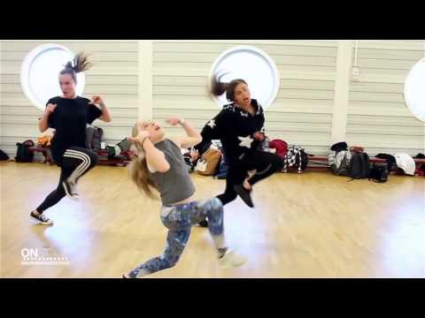 GILLY MU | Avery Wilson - Change My Mind|ONSTAGE MASTERCLASS |Groningen Dance Center| @GillyFlawless
