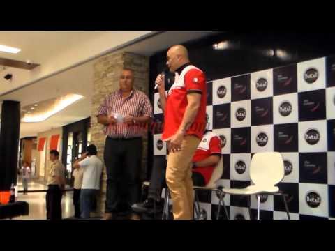 Presentaron al equipo neuquino que correrá el Dakar 2016