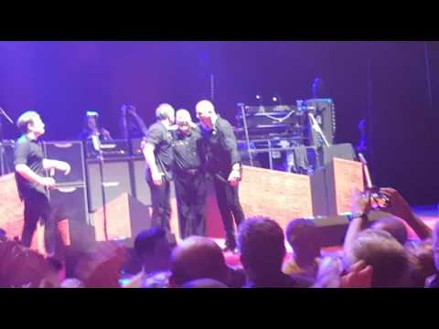 No more heroes finale to Stranglers tour
