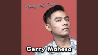 Sepayung Cinta (feat. Sheila Sahanaya)