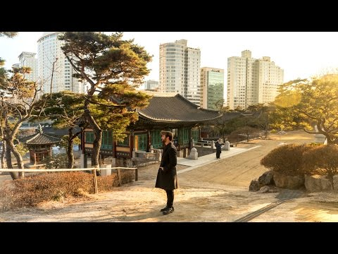 GORGEOUS South Korean BUDDHIST TEMPLE | Seoul