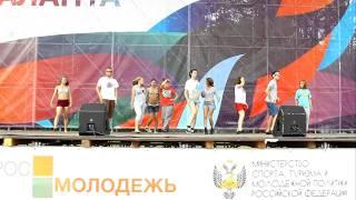 Репетиция танцевального номера на Селигере 2011