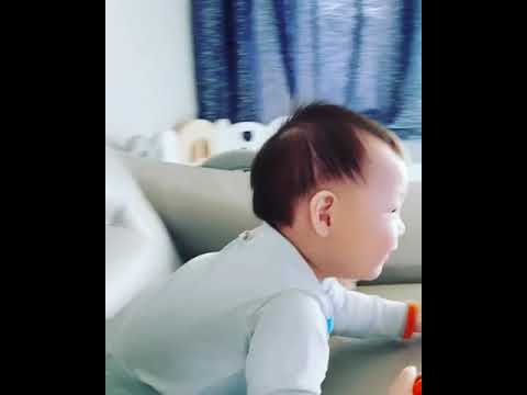 Eli & Minsoo in their new home 170924